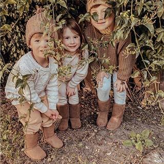 stivali e pantofole bambini